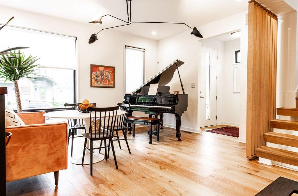 Modern Home in Kennedy King
